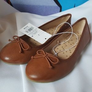 Girls Brown Ballet Flats with Bow Size 2